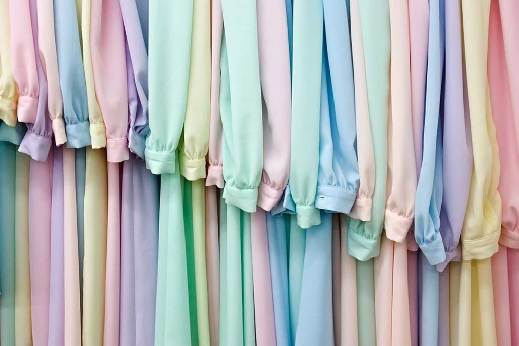 Kecantikan Warna Pastel
